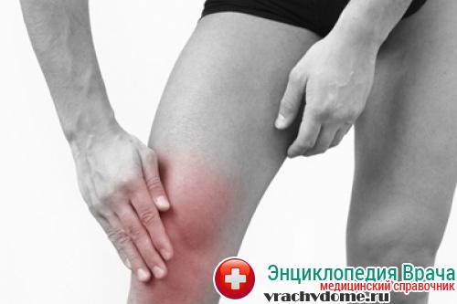 Главным симптомом тенденита являются сильные болевые ощущения, которые влияют на подвижность конечности