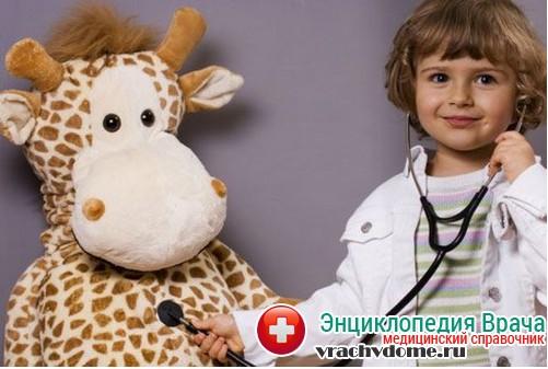 осмотр врача при кашле у ребенка ночью