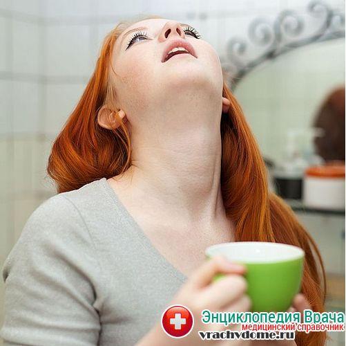 полоскать горло при болезнях миндалин