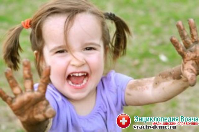 Дети чаще подвержены заражения из-за несоблюдения гигиенических норм
