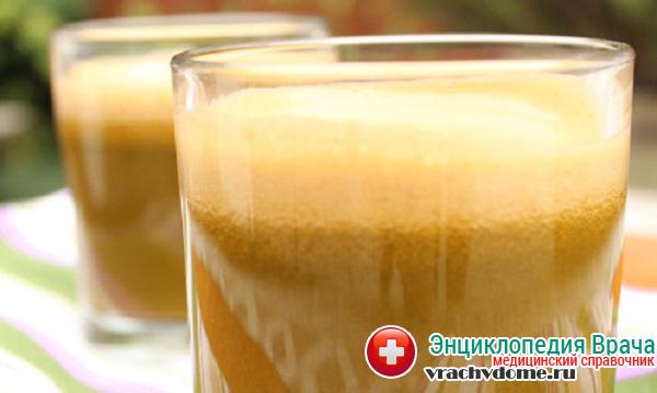 Сок из сырого картофеля применяют для облегчения симптомов изжоги