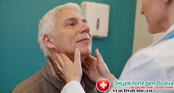 Лимфома Ходжкина поражает только лимфатичекие узлы, начиная с тех, которые расположены в области шеи