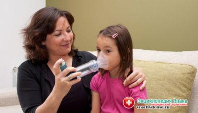 Положение ребенка при приступе бронхиальной астмы